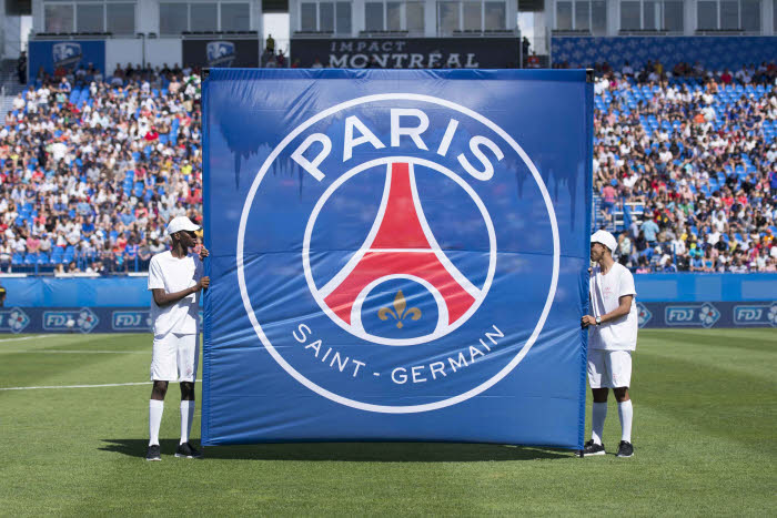 Football – Mercato – PSG : Paris s'attaque à un club anglais